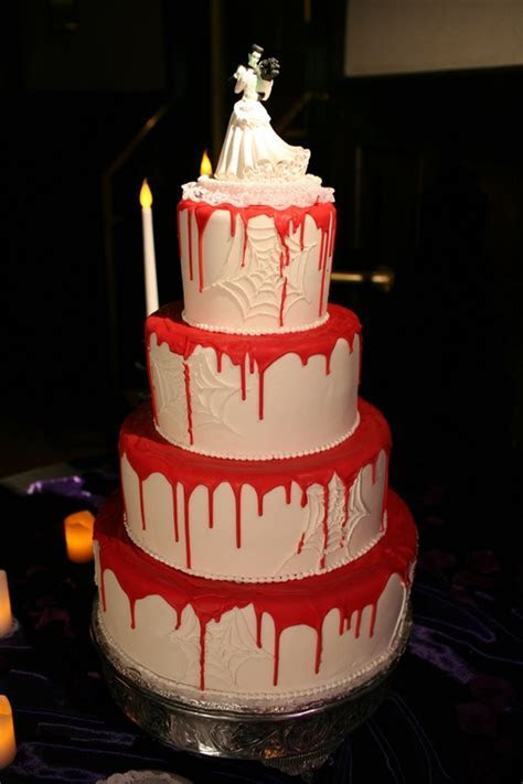 9 best Vampire Wedding Ideas images on Pinterest   Vampire