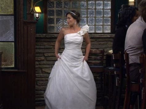 Image   Victoria Wedding Gown   How I Met Your Mother