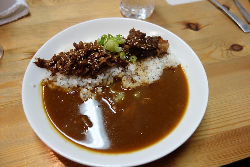 燒肉咖哩飯