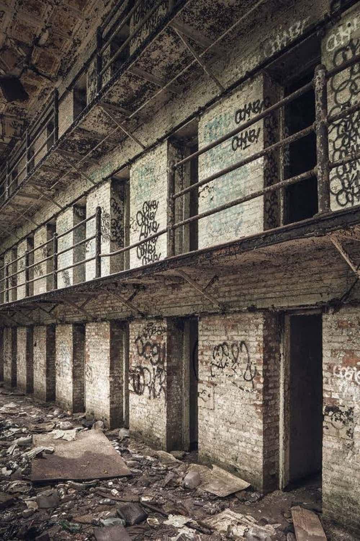 15-imagens-perturbadoras-tiradas-em-prisões-ao-redor-do-mundo-10