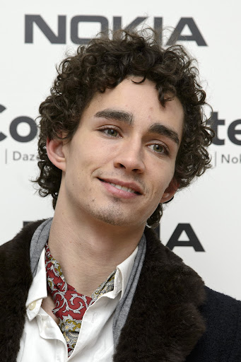 Avatar of Robert Sheehan Is My All-Time Celeb Crush, and He'll be Yours Too After You See These Photos