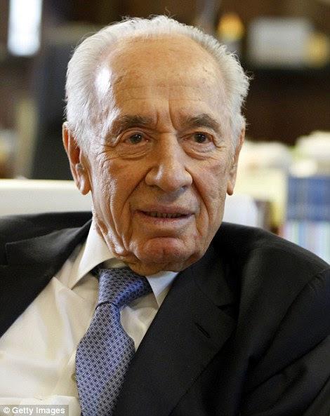 A filha de Shimon Peres Tzvika Walden, que quebrou durante o funeral, fez enlutados rir com histórias sobre o pai que ela amava tanto