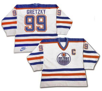 photo Edmonton Oilers 1985-86 jersey.jpg