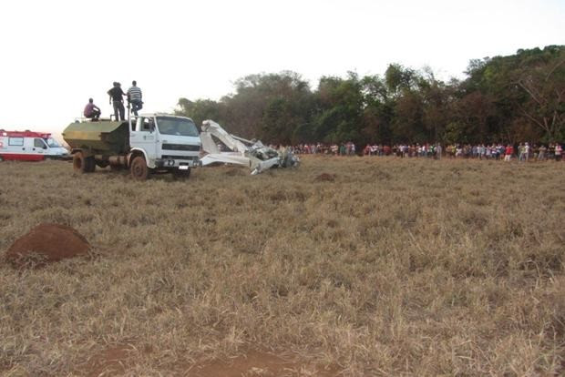 Aeronave que fazia voo panorâmico cai e mata 4 pessoas em Acreúna, GO (Foto: Edivaldo Álvares Ribeiro/Arquivo pessoal)