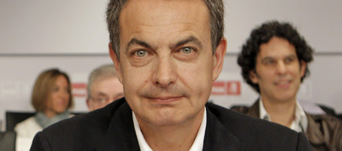 Lluvia de reproches a Zapatero en el Comité Federal por abrir ya la carrera de la sucesión