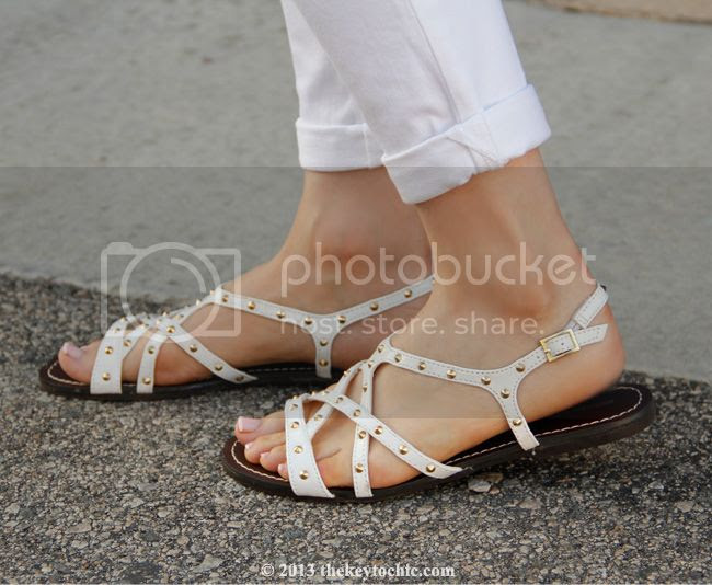 Mossimo Leonore studded white flat sandals