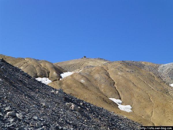 1 point à celui ou celle qui trouve le nom d'un sommet ou d'un col ! A suivre...