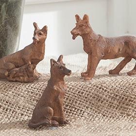Set de figuras de perros de 5cm