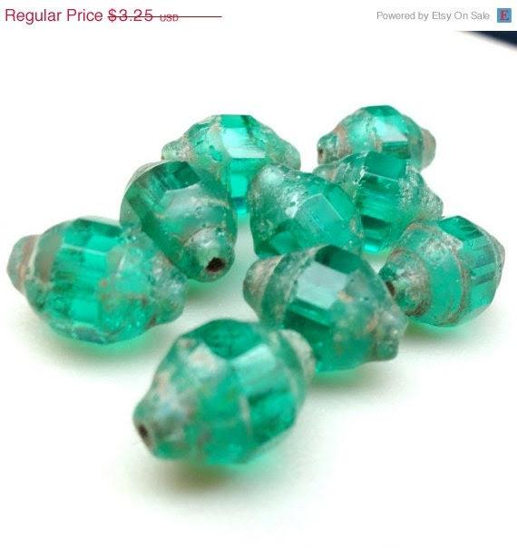 4th of July Sale Emerald Green Czech Glass Beads.Turbine Bicones 8 x 12 mm . GB879 (8) Green Romanesque beads - CaladoniaMarch