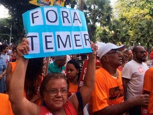 """Manifestação """"Fora Temer"""" no Campo Grande, centro de Salvador (Foto: Alan Alves/G1)"""