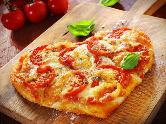 Aprende a preparar esta pizza de corazón para San Valentín