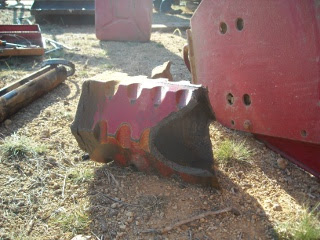 Farmall 806 Tractor Broken Axle Casing