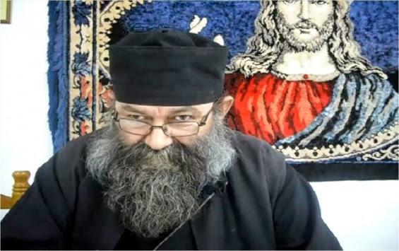 Ηγουμενίτσα: Ο ιερέας που κάνει δώρο το νυφικό και τα έξοδα του γάμου υπό έναν όρο!