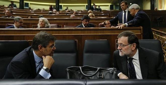 Rafael Catalá junto a Mariano Rajoy en el Congreso de los Diputados. /.EFE