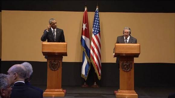 Obama y Raúl en conferencia de prensa