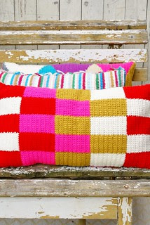 wood & wool pillows