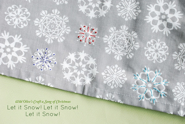 Let it Snow Table Runner