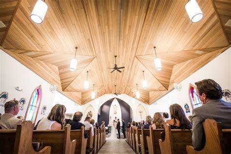 Michigan Barn Wedding   Hollie & Paul's Traverse City Wedding