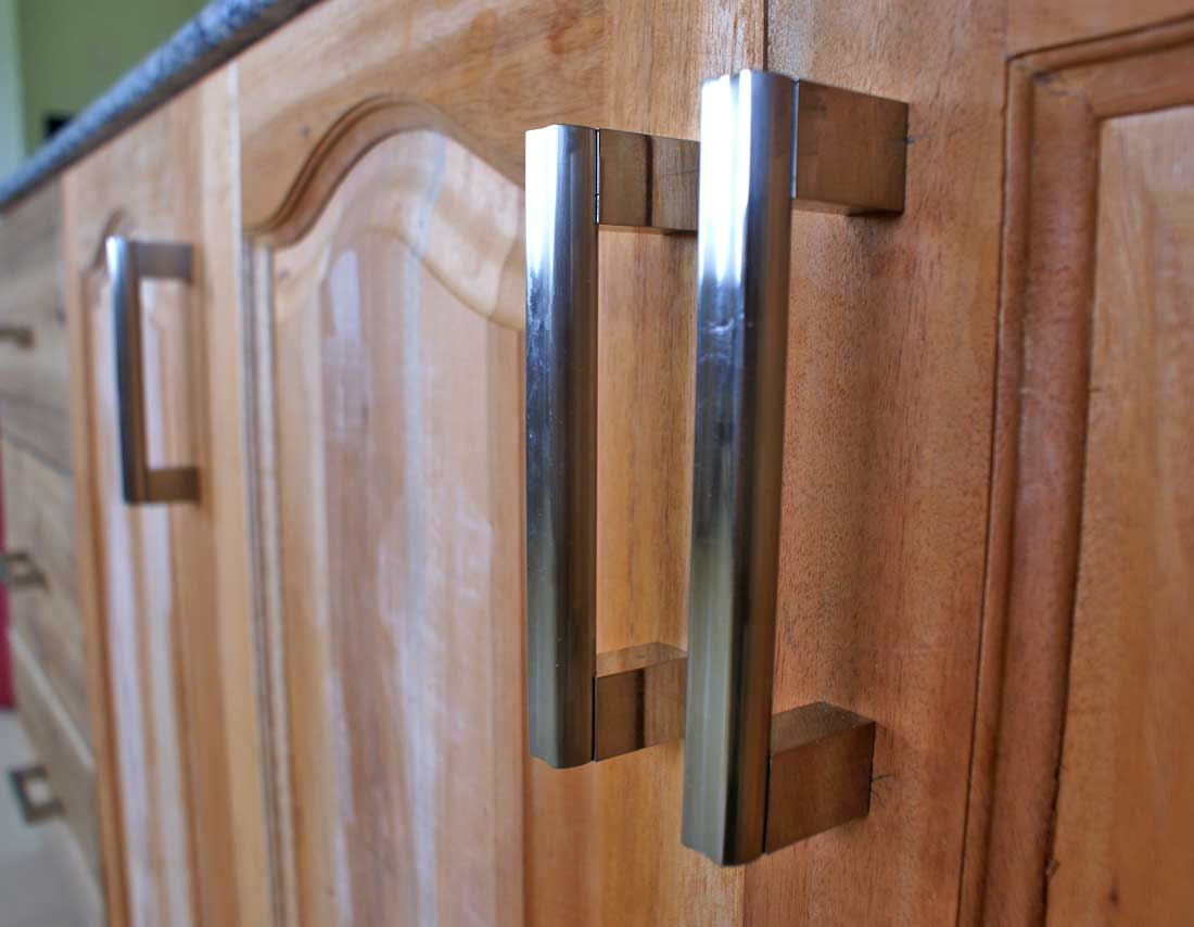 Kitchen CabiDoor Handles