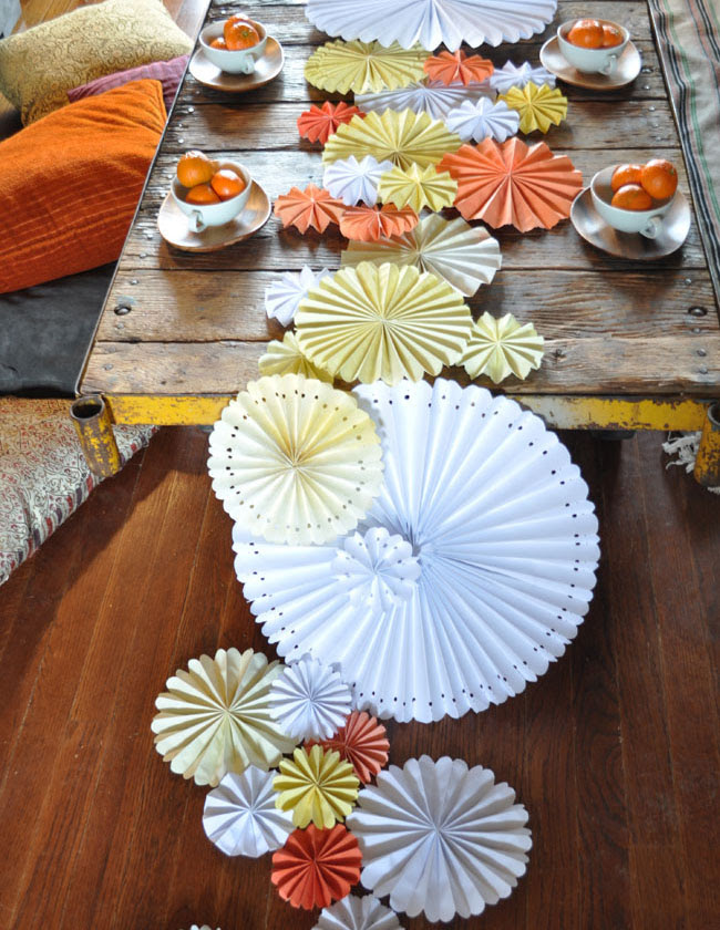 DIY cascading pinwheel table runner
