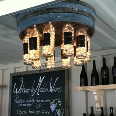 Lâmpada feita-com-barrel-e-garrafa de vinho-evolução Verde