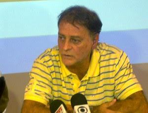 Pedro Cirillo, médico do Zico (Foto: Marcelo Baltar / Globoesporte.com)