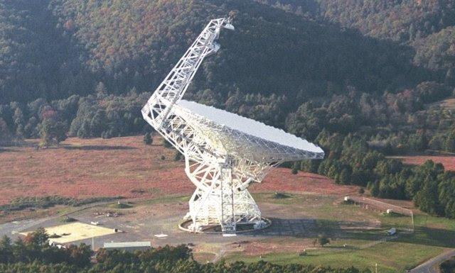 Un magnate ruso dona 92 millones de euros a buscar extraterrestres ( NRAO/AUI)