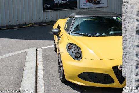 Alfa Romeo 4c Spider Lease