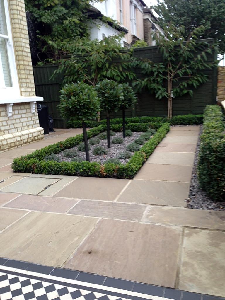 Formal Front Garden London - London Garden Blog