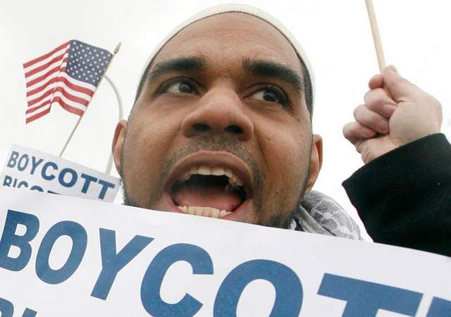 Dawud Walid led a boycott against Lowe's because they pulled their advertising off the failed cable TV show 'All American Muslim'