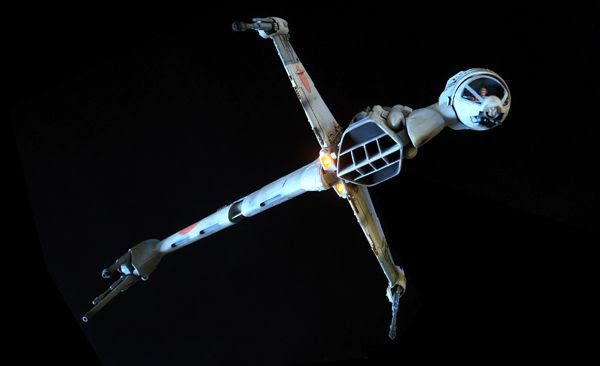 An A/SF-01 starfighter...also known as the B-Wing.