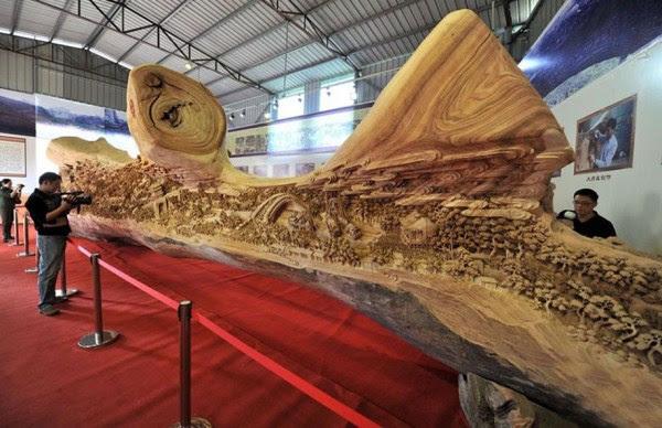 Longest Escultura em Madeira (1)