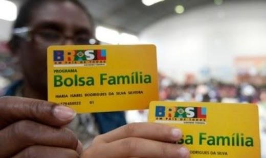 EFEITO BOLSONARO: Pagamento do 13º do Bolsa Família está garantido, diz porta-voz
