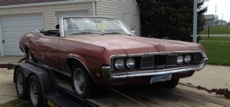purchase   mercury cougar convertible  parts