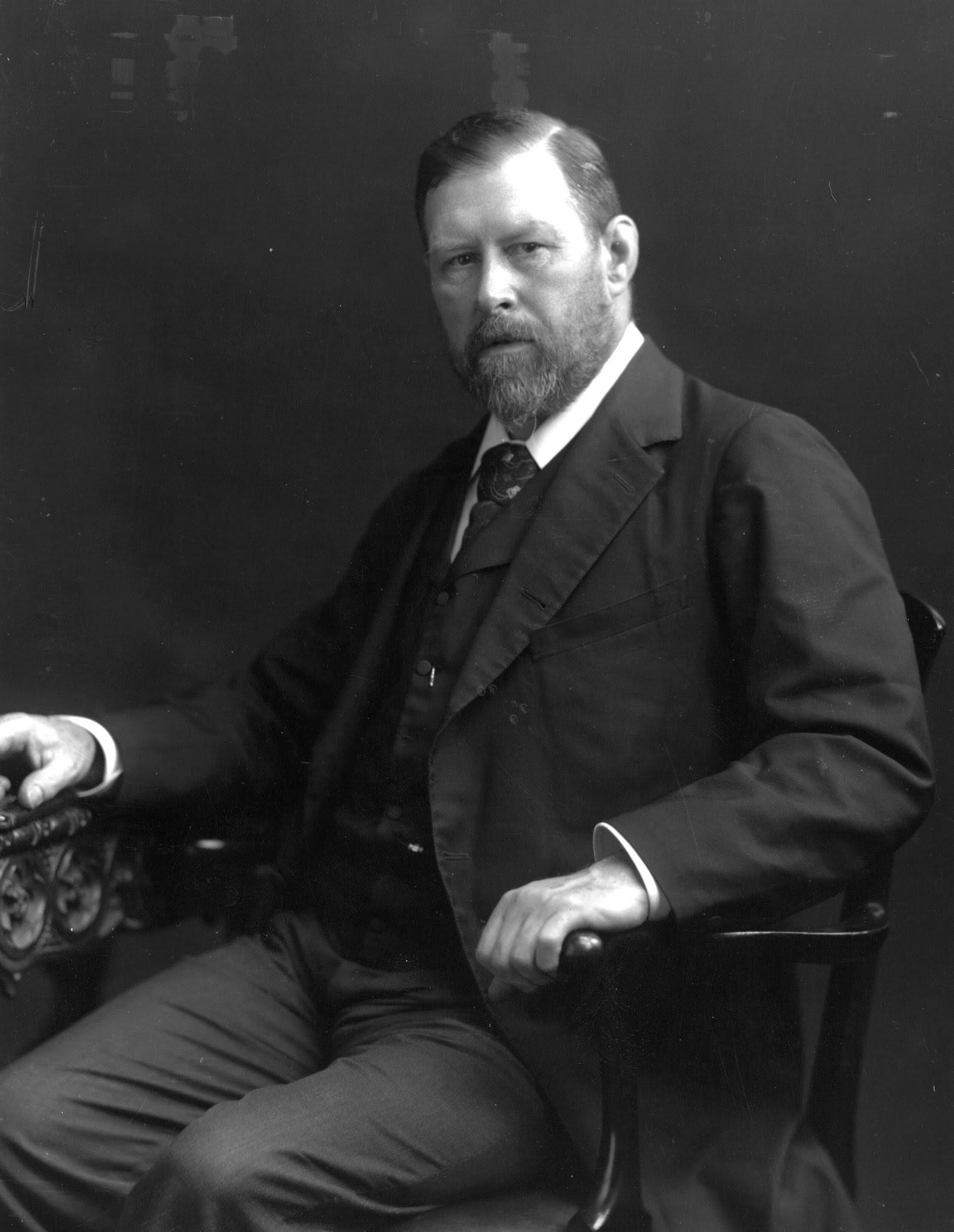 Fișier:Bram Stoker 1906.jpg