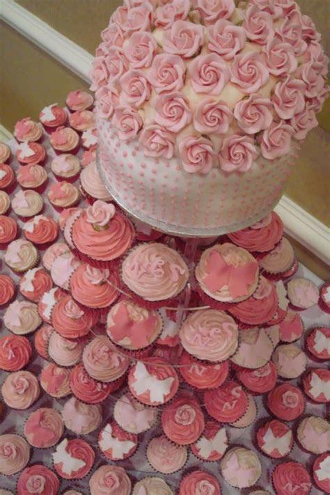 Breezin Entertainment Blog: Cupcakes vs. Wedding Cakes!