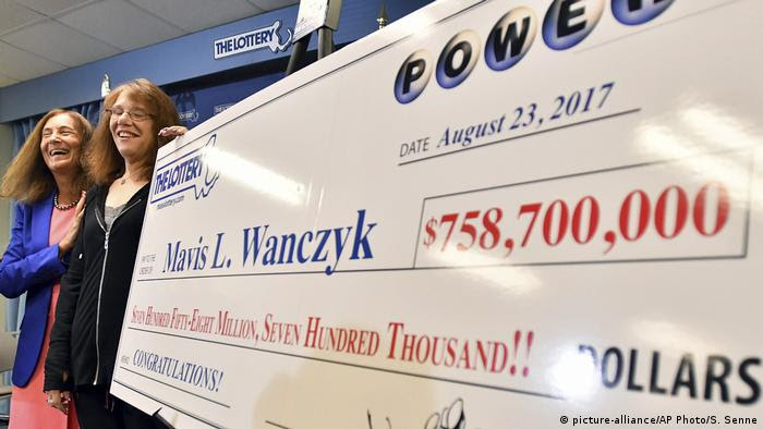 USA Powerball Jackpot (picture-alliance/AP Photo/S. Senne)