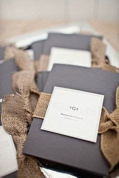 Wedding Invitations 2014 Trend: Burlap Invitations