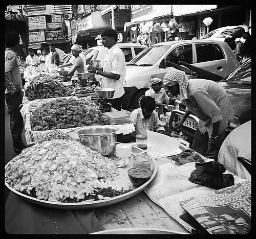 Ramzan Iftar Time Abdul Rehman Street by firoze shakir photographerno1