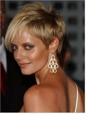 kvinder med kort hår