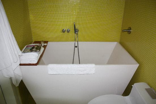 Soaking Tubs for Small Bathrooms - All about Soaking Tubs for ...