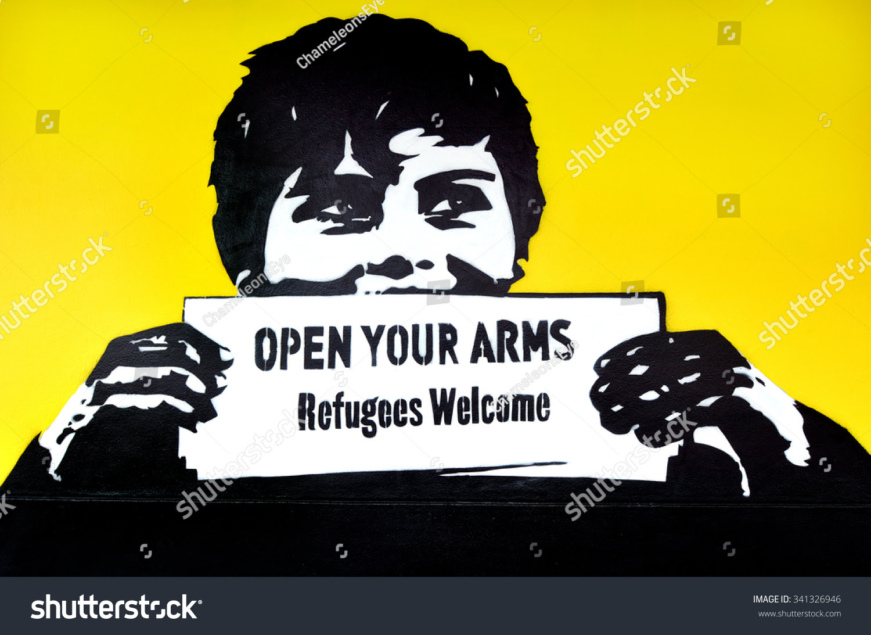 Αποτέλεσμα εικόνας για refugees welcome graffiti