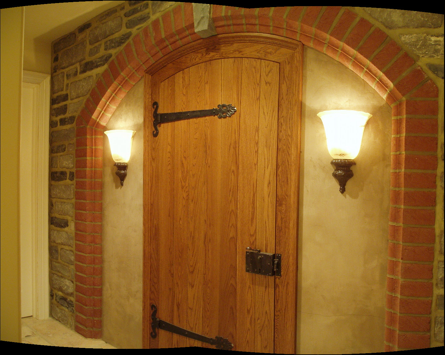Choosing the Right Material for Your Wine Cellar Door1