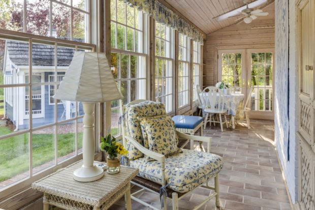 Turn Your Home into an Oasis with a Greenhouse and Sunroom