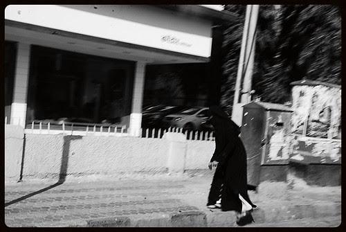 Thokar Khakar Zingagi Karvat Badalti Hai by firoze shakir photographerno1