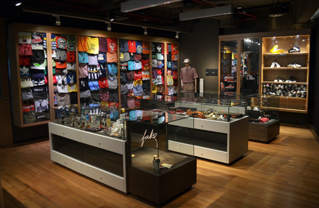 Museum of Counterfeit Goods Bangkok Location Map,Location Map of Museum of Counterfeit Goods Bangkok,Museum of Counterfeit Goods Bangkok accommodation attractions hotels map reviews photos pictures,Counterfeit Goods Museum