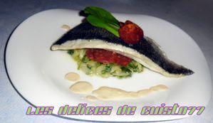 Dorade-sur-lit-de-changai-et-douceur-espagnol-sauce-au-pime.jpg