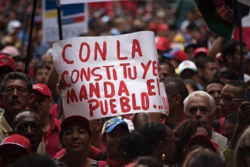 con_la_constituyente_manda_el_pueblo.jpg