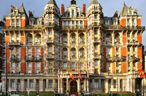Exterior of Mandarin Oriental Hyde Park, London