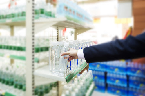 Bottled water is a scam: PepsiCo, Coca-Cola and the beverage industry's greatest con